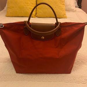 Longchamp Le Pliage Medium Tote in Red